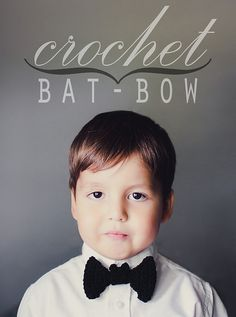 truebluemeandyou: DIY Crochet Bat Bow Tie Tutorial and Free Pattern from Good Knits. If cant crochet you could always make the really easy DIY Felt Bat Bow Tie Crochet For Boys, Learn To Crochet, Cute Crochet, Crochet Crafts, Crochet Projects, Diy Crafts, Decor Crafts, Paper Crafts, Crochet Stitches
