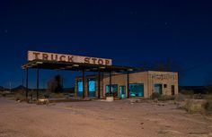 A Nighttime Road Trip Through Texas Prettiest Ghost Towns - Old Gas Station - Truck Abandoned Houses, Abandoned Places, Haunted Houses, Beautiful Ruins, Beautiful Scenery, Old Gas Stations, New Trucks, Ghost Towns, Small Towns