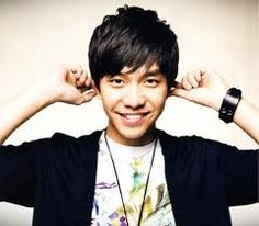 Just looks at you're smile <3  cute Seung GI oppa <3