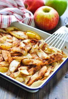 Apple Side Dish Recipes, Apple Recipes Easy, Fruit Recipes, Fruit Dips, Dessert Recipes, Paleo Dessert, Fall Recipes, Apple Recipes Healthy Clean Eating, Healthy Dinner Recipes