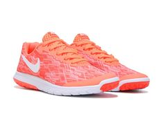 575b4d0ef73a6 Get the latest in running comfort with the Flex Experience RN 5 Running Shoe  from Nike
