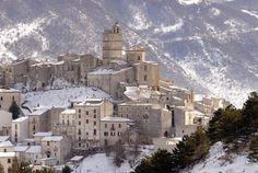 Abruzzo Up n' Down: Castel del Monte (Abruzzo): la Storia, il Borgo e…