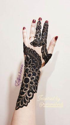 Best Arabic Mehandi Designs For Back Hands - Mehandi Images Mehndi Designs Feet, Legs Mehndi Design, Indian Mehndi Designs, Mehndi Designs For Girls, Stylish Mehndi Designs, Mehndi Design Photos, Wedding Mehndi Designs, Latest Mehndi Designs, Mehandi Designs
