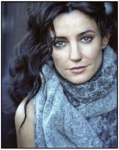 "Phillipa Gordon: 43 years old; 5'0""; Italian; Only Child (Victoria's mother)"