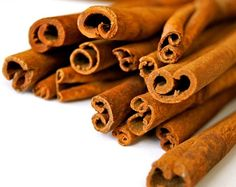 Cinnamon is a relatively common herb, used in cereals, sprinkled on toast or oatmeal, and to add a wonderful scent to your home or car. Did you know that cinnamon is actually bark? What is cinnamon and where does cinnamon come from? Cinnamon that is sold in the... #cinnamonleaf #cinnamonshake