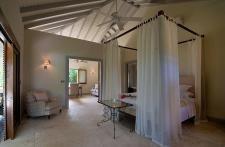 :: Castles and Estates :: Luxury Properties Around The World ::