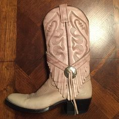 """Rudel Ivory Leather stitched Cowboy Boots, 6 Strong boots. Tough/ feminine with tassled sides. 2"""" heel, size 6. Ivory leather with dark brown stitching. Frye Shoes Heeled Boots"""