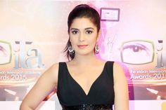 The stunning actress Pooa Gaur too opted for a black outfit. (Photo: Yogen Shah)