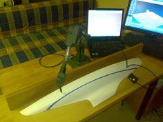 Purjeveneen pienoismallin puolikkaan 3D-mittaus & 3D-mallinnus MicroScribe mittakäsivarrella ja Rhinolla.