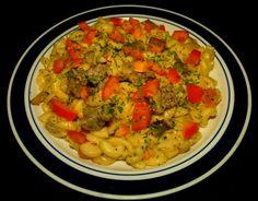 Steak & Tomato Mac and Cheese #StripLoin #Steak #Tomatoes #MacandCheese #BellPeppers #Mushrooms #MontereyJackCheese #ParmeseanCheese