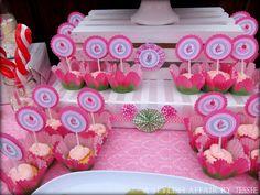 Strawberry Shortcake Cupcake Toppers - cute!