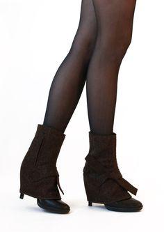 pepavanas, accessory for high heels. sledge / wedge style + ankle high model made of 100% wool felt www.pepavana.com