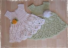 TRICO y CROCHET-madona-mía: VESTIDOS  a crochet para bebes con gráficos