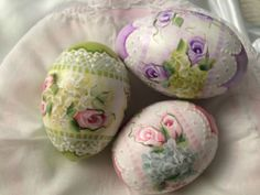 These will make a cute party favor.Hand Painted Easter Eggs Gourds Cottage Chic Roses Victorian Shabby HP Lace | eBay