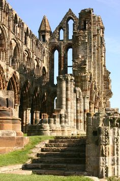 Whitby Abbey ( 4 miles from Mom's Village)