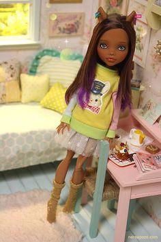 AdorableClawdeen repaint - Monster High ooak doll - restored innocence!