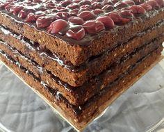 Tiramisu, Ethnic Recipes, Food, Wedding Pie Table, Pies, Meal, Essen, Hoods, Tiramisu Cake
