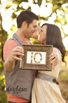 Love the frame with the number of years you've been married!