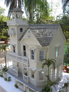 Dollhouses by Robin Carey: The Key West Island Paradise Home (Exterior) Miniature Rooms, Miniature Houses, Miniature Furniture, Dollhouse Furniture, Victorian Dolls, Victorian Dollhouse, Dollhouse Dolls, Dollhouse Miniatures, Fairy Houses