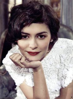 Audrey Tautou Beautiful Wallpapers) – Wallpapers and Backgrounds Audrey Tautou, Short Hair Cuts, Short Hair Styles, Short Wavy, Nathalie Portman, Deep Winter, French Actress, Famous Faces, Portraits
