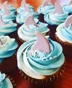 Shark Fin Cupcakes, Shark Cookies, Shark Cake, Ocean Cupcakes, Shark Birthday Cakes, Birthday Cupcakes, Boy Birthday Parties, 5th Birthday, Birthday Ideas