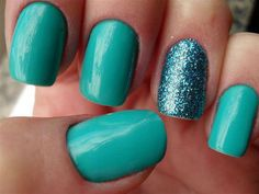 Teal nails - love the sparkle accent