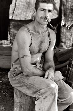 Unemployed lumber worker by Dorothea Lange 1939.