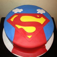 SUPERMAN CAKE
