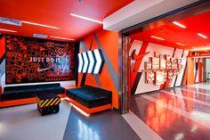 Nike Logistic Centre Design by Queenie Yehenala, via Behance Stand Design, Display Design, Booth Design, Wall Design, Home Gym Design, Garage Design, Shoe Store Design, Gym Interior, Gym Decor