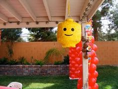 Fantastic lego head piñata - and don't forget to serve the Lego head cake pops too! (is it odd to have a party to smash a head in? Lego Themed Party, Lego Birthday Party, Birthday Parties, Birthday Ideas, 8th Birthday, Graduation Gifts For Him, Weird Gifts, Unusual Gifts, Mason Jar Gifts