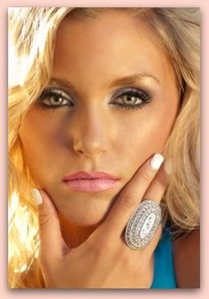 for Green Eyes - Eye Makeup Looks - Best Eyeshadow for Green Eyes Makeup Tips, Beauty Makeup, Eye Makeup, Hair Makeup, Hair Beauty, Makeup Style, Makeup Ideas, Zooey Deschanel, Natural Pink Eye Remedy