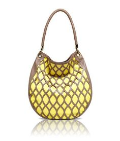 For most ladies, purchasing an authentic designer bag isn't something to rush straight into. As these hand bags can be so costly, ladies usually worry over their choices prior to making an actual bag purchase. Hippie Bags, Boho Bags, Brown Leather Totes, Black Leather Tote, Yellow Handbag, Hobo Handbags, Ladies Handbags, Hobo Style, Fashion Bags
