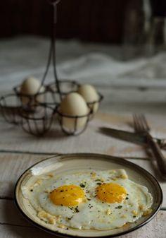 Best Indian Food Photography Delhi   #breakfast #personalseries #eggs #halffried #foodphotography #niharikashuklaphotography #foodstyling #photography #food