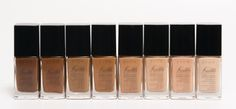 Full coverage foundation with SPF 15 that looks and feels natural. Lightweight, oil-free and available in 21 shades!