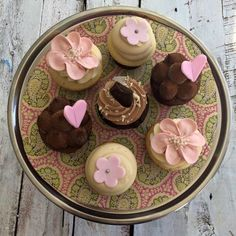 YUMMY, these Mlle Cupcake's cupcakes should find their way into my tummy!