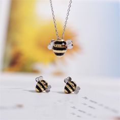 Bumble Bee Inspired Necklace now available exclusive available & exclusive price. so Hurry up &Get it Fast. Silver Necklaces, Sterling Silver Earrings, Jewelry Necklaces, Bee Jewelry, Metal Jewelry, Jewellery, Trendy Jewelry, Jewelry Sets, Unique Jewelry