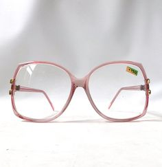 vintage 1980's round eyeglasses +150 reading glasses magnifying magnifier womens pink blush ovesized retro modern fashion accessories NOS