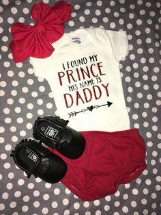 Girl Onsies, Cute Baby Onesies, Baby Girl Shirts, Cute Baby Girl Outfits, Cute Baby Clothes, Babies Clothes, Diy Clothes, Kids Outfits, Baby Girl Fashion