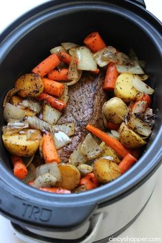Slow Cooker Pot Roast - Crock pot recipes - Slow Cooker Pot Roast -Roast loaded with potatoes, carrots, and onions is an easy Crock-pot idea that makes for a filling meal. Juicy meat with incredible flavors. Slow Cooker Roast, Crock Pot Slow Cooker, Crock Pot Cooking, Slow Cooker Recipes, Crock Pot Roast, Easy Crockpot Roast, Crockpot Potroast, Easy Pot Roast, Pot Roast Recipes