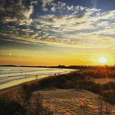 Warrnambool beach Australia... #melbourne #warrnambool #australia #sunshine #field #flowers #flower #beautiful #travel #top #yolo #up #instagood #goodtimes #now #perfect #sun #dream #justforfun #likeforlike #l4l #life #nature #natural #beach #sunset #jogging #beautifulday #beautiful #dream #victoria #hammer by xxxronnyxxx