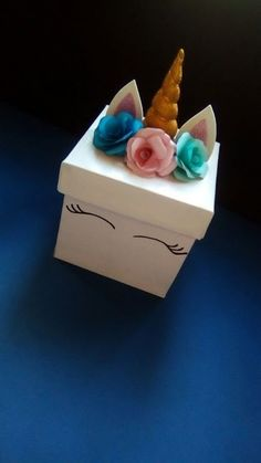 Discover thousands of images about Unicorn box Valentine Box Unicorn, Valentines Diy, Unicorn Birthday Parties, Unicorn Party, Diy Gift Box, Diy Gifts, Exploding Gift Box, Unicorn Crafts, Craft Fairs