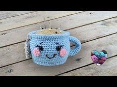 Kawaii crochet mug: crochet tutorial, presented by Lidia Crochet Tricot - crochet Crochet Pincushion, Crochet Diy, Crochet Wool, Crochet Amigurumi Free Patterns, Crochet Motifs, Crochet Gifts, Crochet Kawaii, Christmas Crochet Blanket, Blanket Crochet