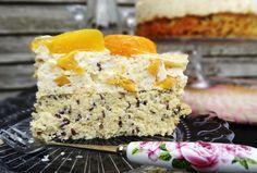 Bezglutenowy tort brzoskwiniowy z kaszy jaglanej. z 50g masła. krem z kremówki ale może można zamienić na jogurt z żelatyną?