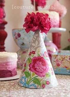 Pip Studio Tea Party - DIY birthday hat for a little girl. Tea Party Birthday, Diy Birthday, Cake Birthday, Craft Party, Diy Party, Party Ideas, Tea Party Hats, Shabby, Paper Crafts