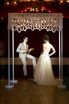 A wonderfully modern, playful and original chuppah canopy. Perfect for couples who love modern design but don't want a traditional formal chuppah.