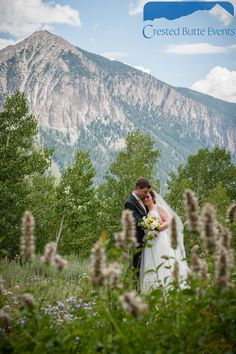 Crested Butte Weddings by Crested Butte Events. Copyright Alison White Photography.