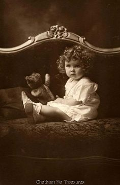 Amazing Little baby girl w CURLY hair with favorite teddy bear Steiff photo