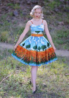 Chelsea (Essex) Pin Up Dress in Essex Poppy Field