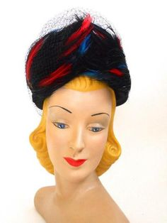 Peaked Swirled Feather Tall Crown Hat circa 1940s - Dorothea's Closet Vintage