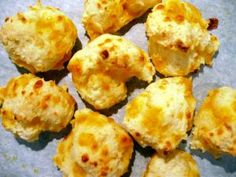 Red Lobster Cheesy Biscuits. Yummy